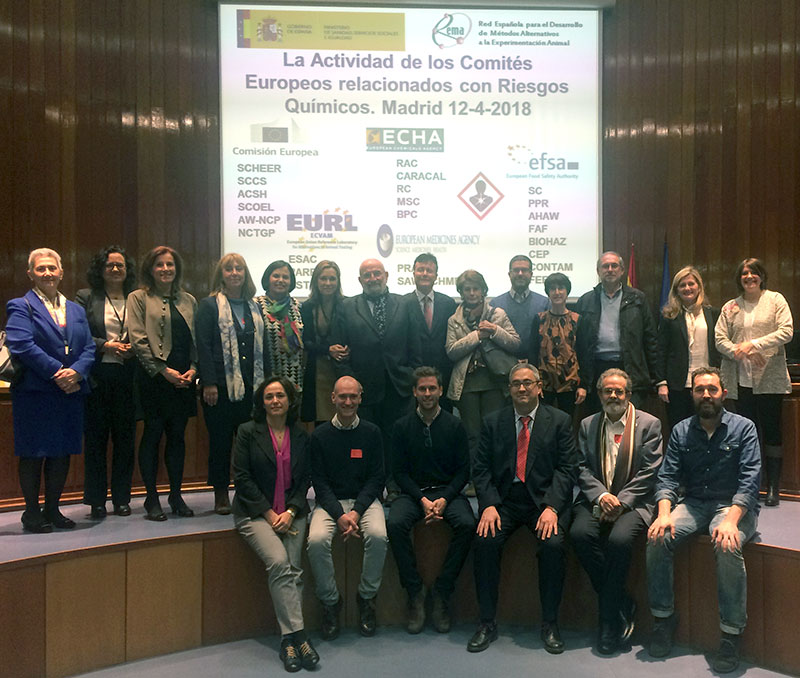 La Junta Directiva de REMA junto a los ponentes que participaron en la jornada